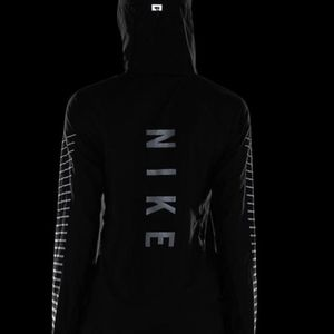 Nike Impossibly Light Packable Reflective Jacket